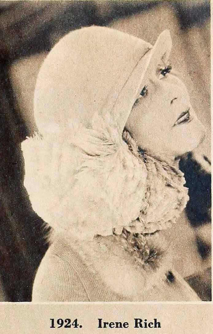 b9b2bcc711e A-1920s-Cloche-Hat-Timeline---year-1924- ...