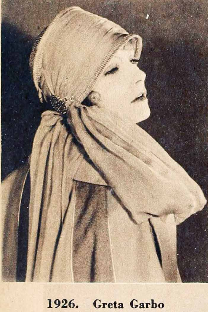 A 1920s Cloche Hat Timeline 1920 To 1929 Glamour Daze