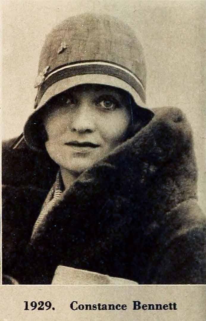 0721e05e000 ... A-1920s-Cloche-Hat-Timeline---year-1929-