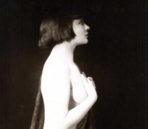 The-first-Bob-hair-cut---1921---Mary-Thurman