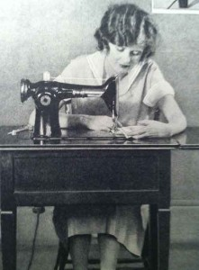 1920s fashion -Home-sewing-fad