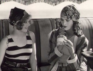 1920s fashion Swimwear - Myrna-Loy-and-pal