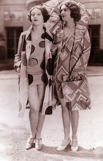 1920s fashion swimwear - Sonia-Delaunay-beachwear-1927