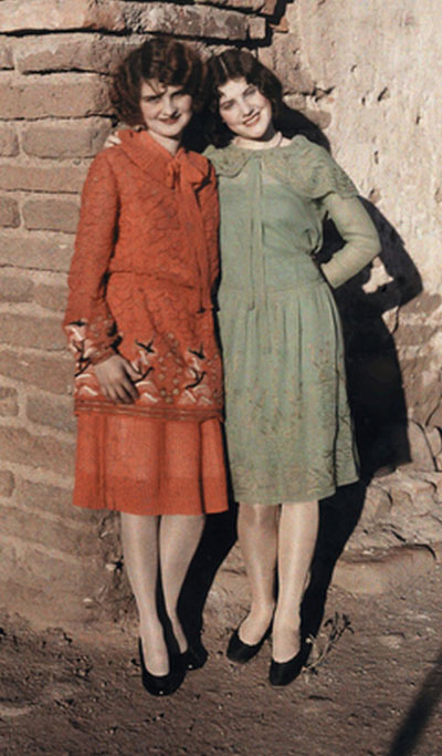 1920s dresses - Two Mexican flappers-National-geographic-archive