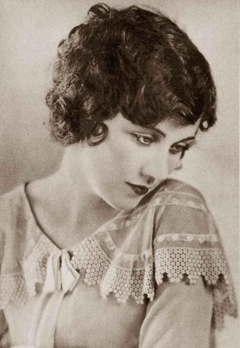 1920s Hairstyles New Bobbed Hairstyles For 1925