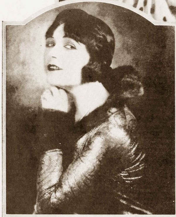 1920s-Hairstyles---New-Bobbed-Cuts-for-1925--Pola-Negri