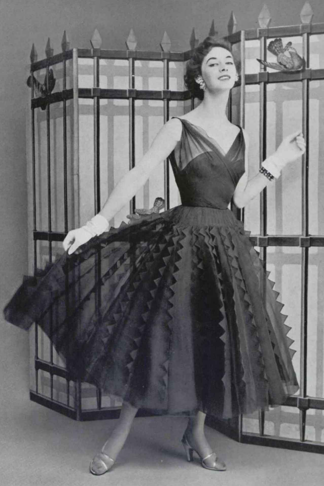 The Top Paris Designer Dresses Of 1954 Glamourdaze