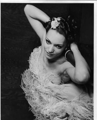 Margot-Webb-feathers