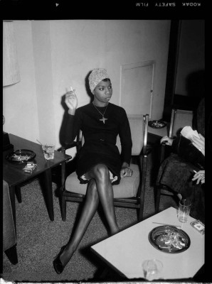 Vintage Black Glamour 12 -Nina-Simone-Carnegie