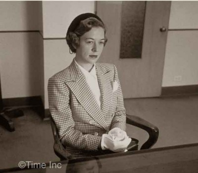 1951-Model-Secretary-look--Peter-Stackpole---Life-Magazine
