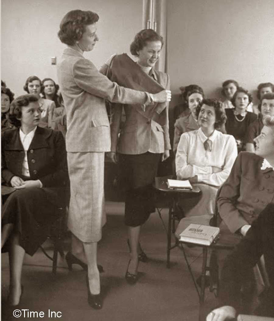 How To Be A Model Secretary 1950s Style Glamour Daze