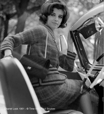 Chanel-look-in-1961-Paul-Schutzer
