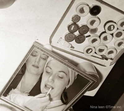 The Beauty Business of Helena Rubinstein in 1945 - Beauty School