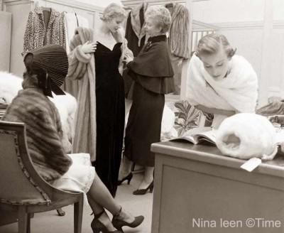 Christmas-1948---Macys-New-York---ladies-department
