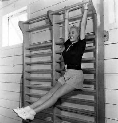 Betty-Grable-workout