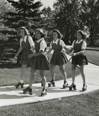 Emma-willard-girls-roller-skating-1950s