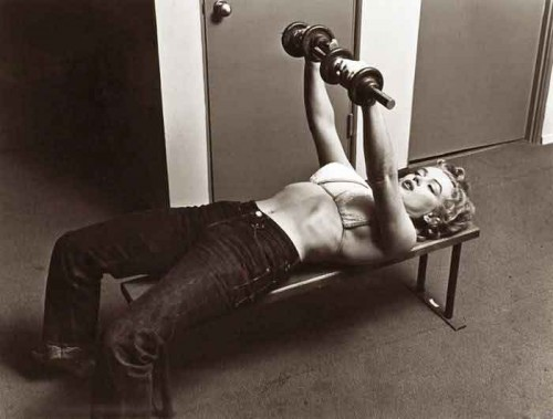 Vintage-Secrets----Hollywood-Diet-and-Fitness---Marilyn-Munroe