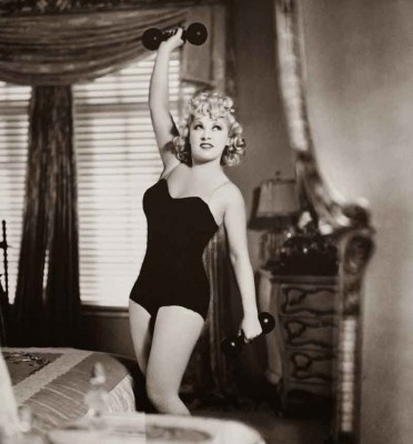 Vintage-Secrets----Hollywood-Diets-and-Fitness---Mae-West