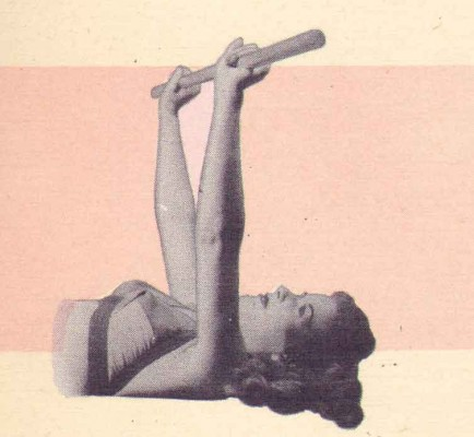 1940s-Beauty-Guide---Exercises-for-the-Bust
