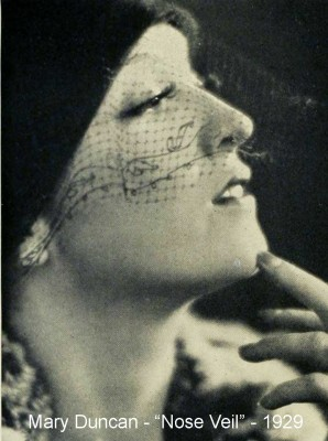 Mary-Duncan-nose-veil-1929