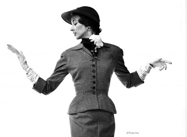Dorian Leigh models the gamine figure of 1950