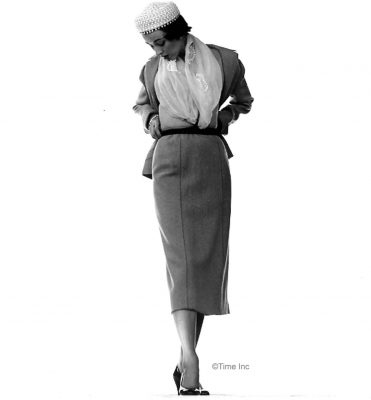 Spring-Fashions-1950---Dorien-Leigh-models---photo-Gjon-Mili-7