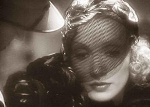 Veil fashion -Marlene-Dietrich-Shanghai-Express 1932