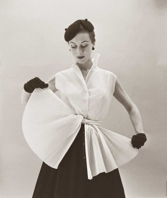Gigi-Terwalgne-Spring-Collection---February-1952