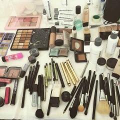 Glamorous-chaos-Makeup---Katie-Campbell