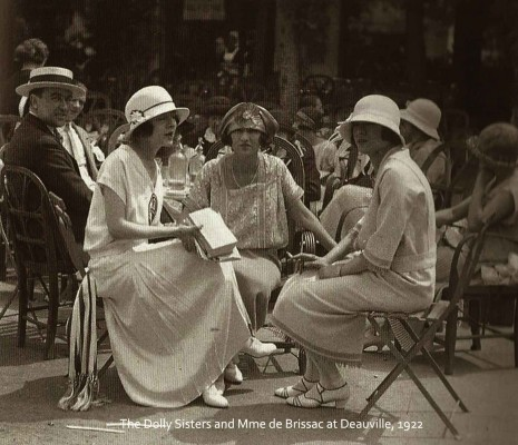 The-Dolly-Sisters-and-Mme-de-Brissac-at-Deauville,-1922