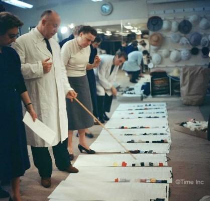 Inside-Christian-Diors-Salon-in-1957