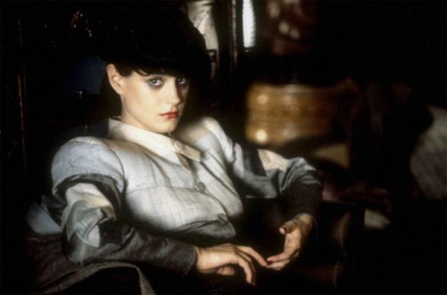 Rachel-in-Blade-Runner---film-noir-fashion