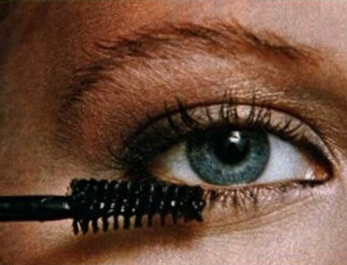 Step-by-step-guide-to-a-new-you-1978-makeup11