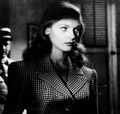 lauren-bacall-to-have-and-have-not---film-noir-fashion