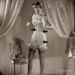 1940s Wartme Fashion –  Laced Corsets