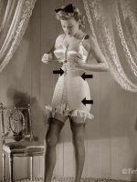 1940s-Wartme-Fashion---The-Return-of-Laced-Corsets