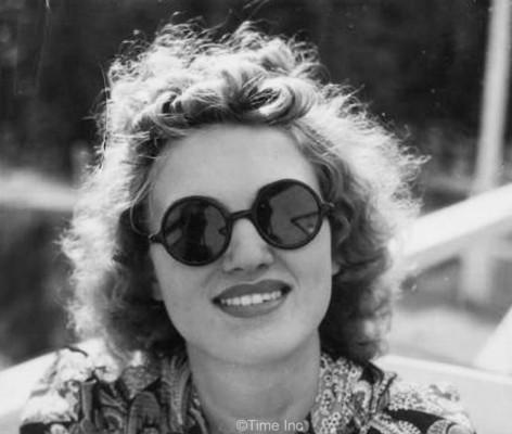 Alfred-Eisenstaedt--1930s-sunglasses-fashion--Life-magazine--1938