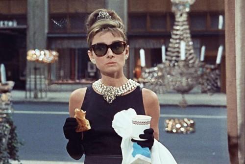 Audrey-Hepburn---Oliver-Goldsmith-sunglasses---Breakfast-at-Tiffanys