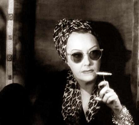 Gloria-Swanson---Sunglasses-fashion