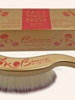 Long-Hair-Powder-Brush---Besame-Cosmetics