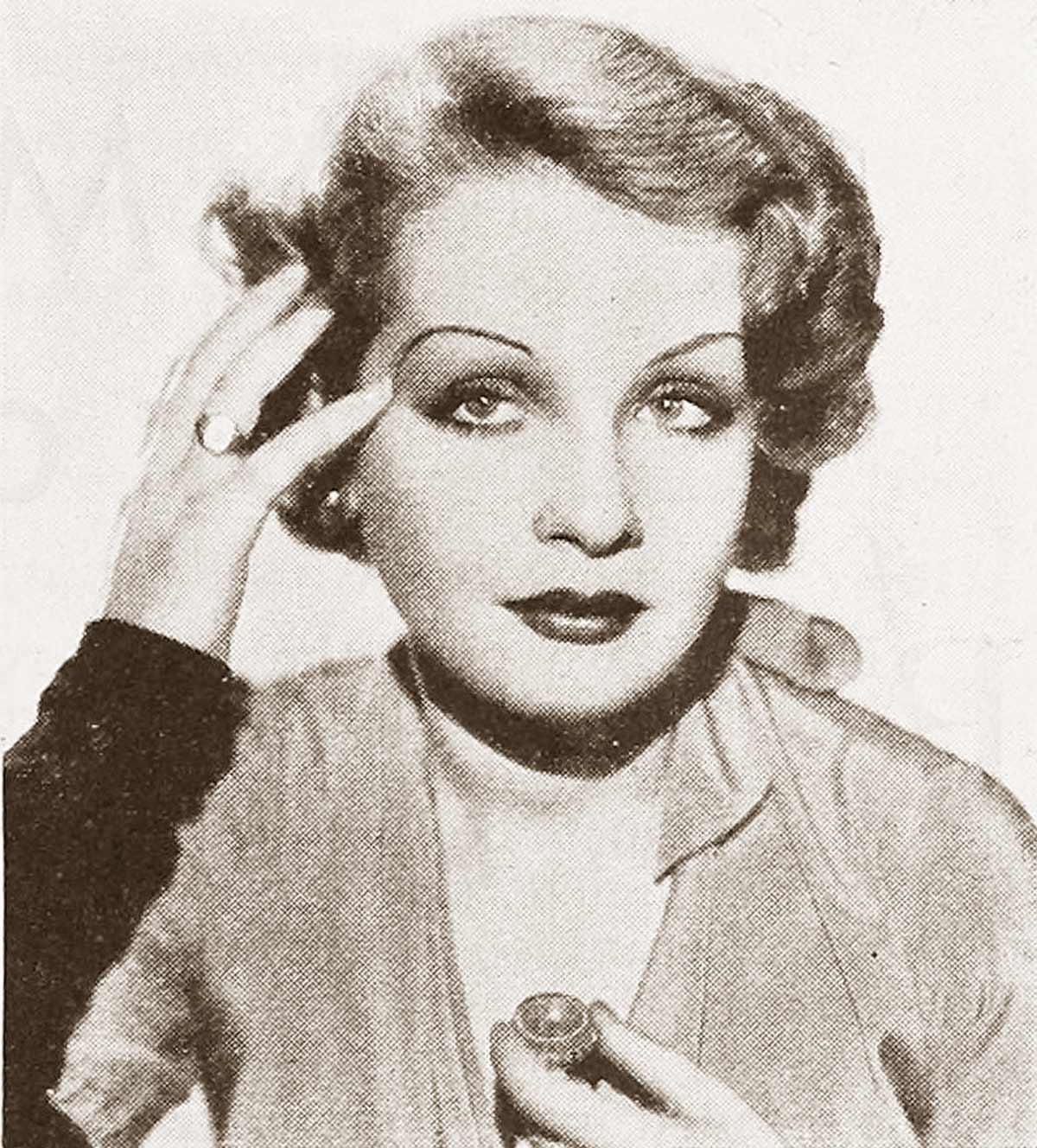 1930s-Makeup-Secrets---Sari-Maritza-1932