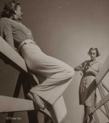 1940s-Fashion---Men-lose-their-Pants-to-the-Women7