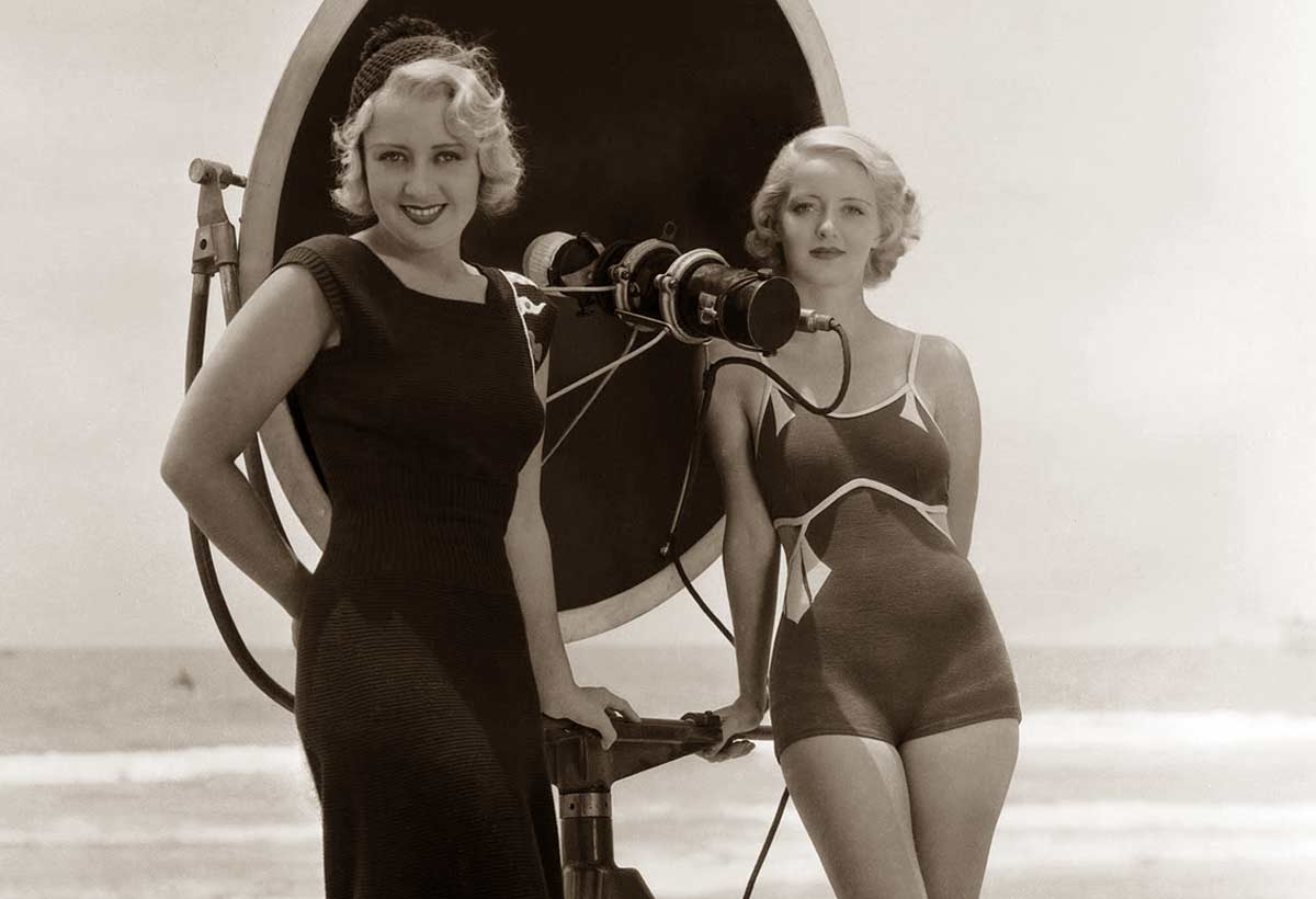 1930s fashion hollywood swimsuits 1932 glamour daze
