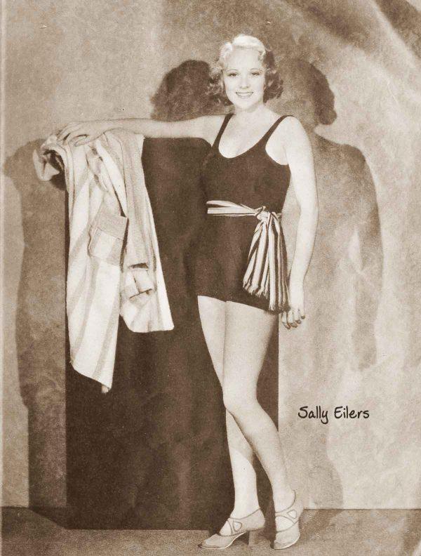 Hollywood-Swimsuit-fashion---July-1932c