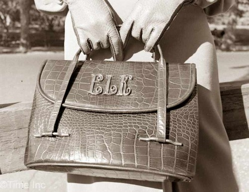 1930s-Fashion---Fall-Styles-for-1938---HANDBAGS2