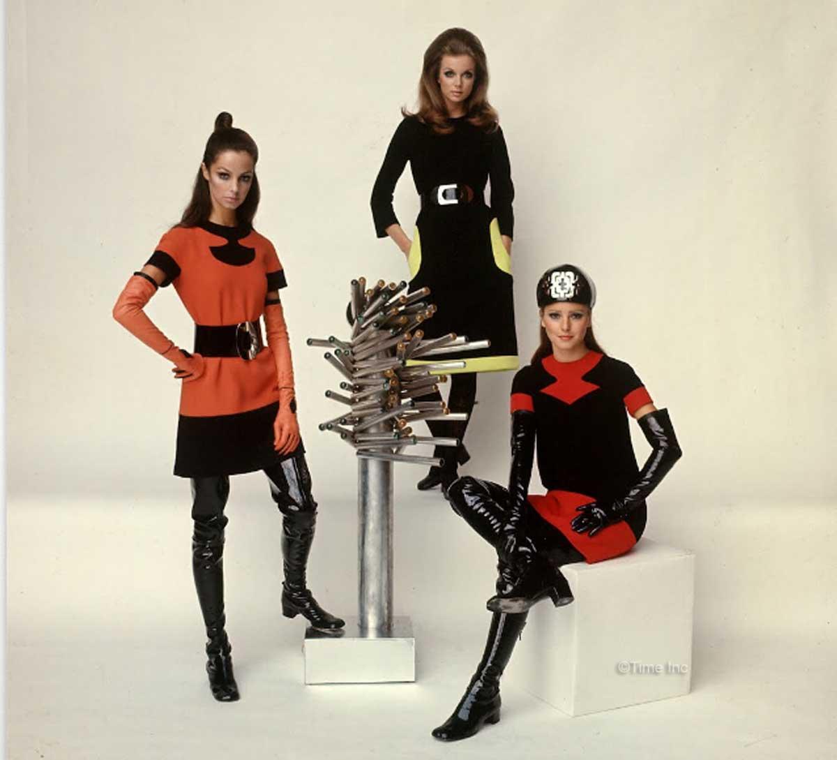 1960s-Fashion---Paris-Fall-Season-of-1968---Cardin