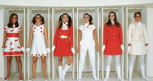 1960s-Fashion---Paris-Fall-Season-of-1968---Courreges