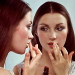 The 1970s Makeup Look – 5 key Points