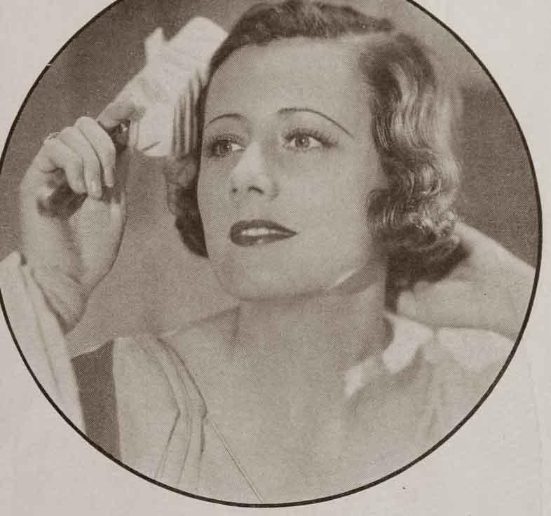 1930s-Hollywood-Beauty-Tricks---Irene-Dunne