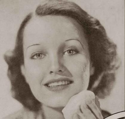 1930s-Hollywood-Beauty-Tricks--Rochelle-Hudson